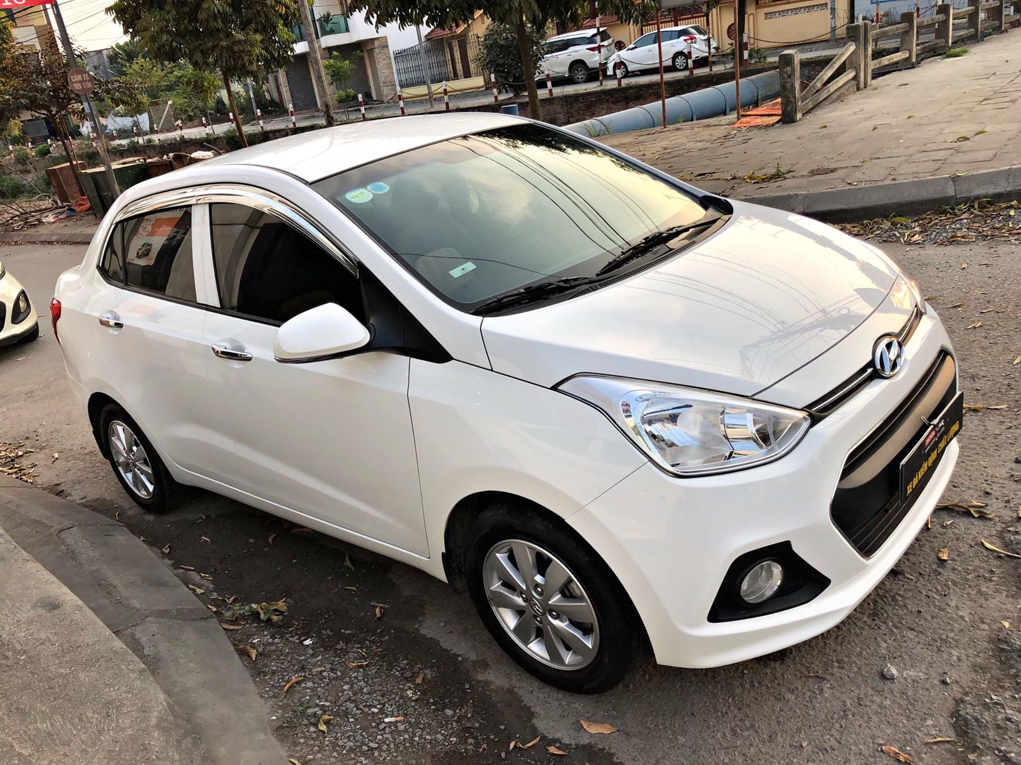 HUYNDAI GRAND I10 SEDAN 2016 MT