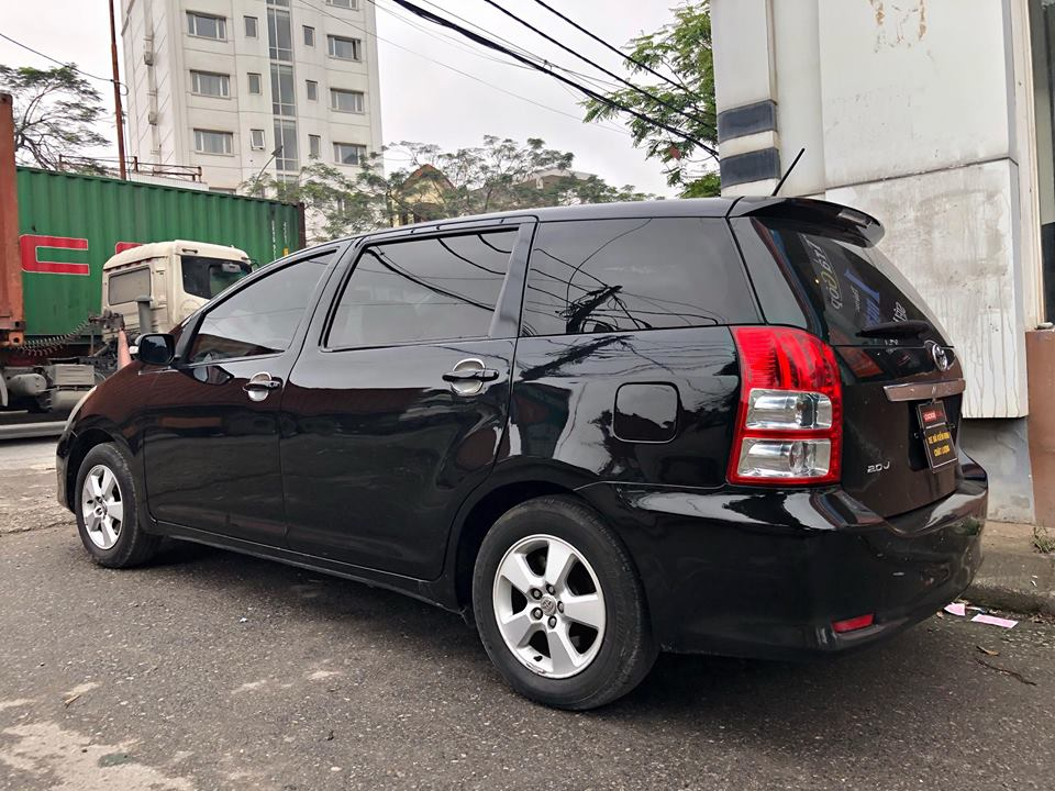 TOYOTA WISH 2.0AT 2009