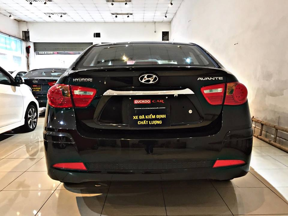 HYUNDAI AVANTE 2015 1.6AT