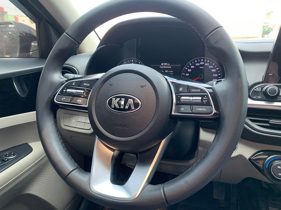 KIA CERATO 1.6AT LUXURY 2019