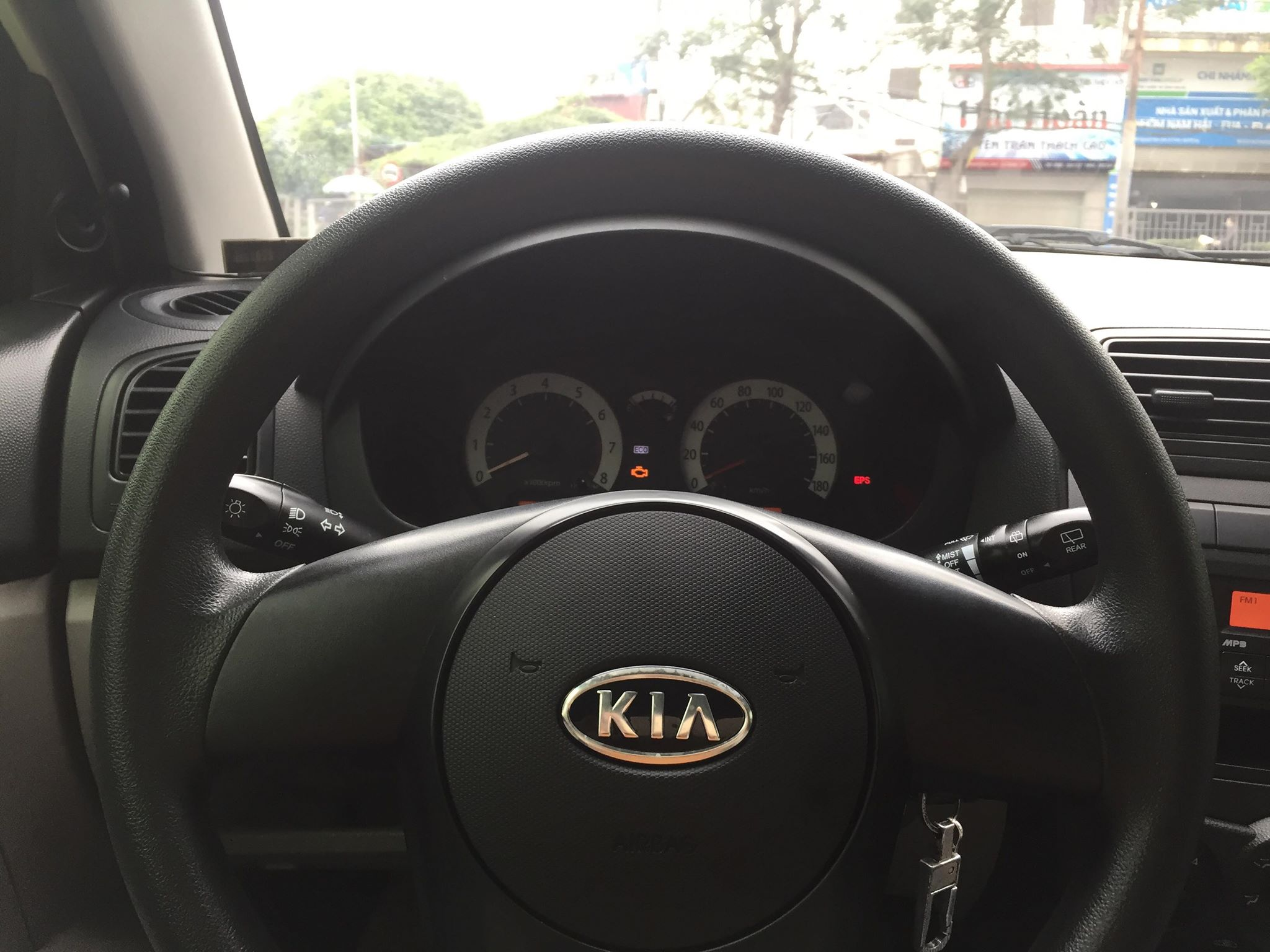 KIA MORNING VAN 1.0AT 2010
